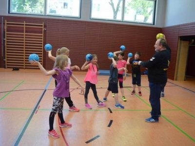 Handball-Training 3. und 4. Klasse