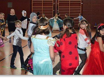 Die Grundschule Hochbrück feiert Fasching